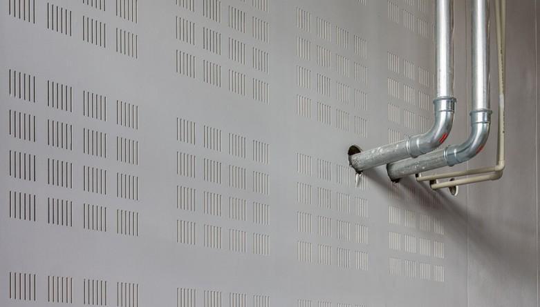 Zabezpieczenia przeciwpożarowe przepustów instalacyjnych